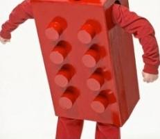 halloween_cardboard_costumes9-728x273